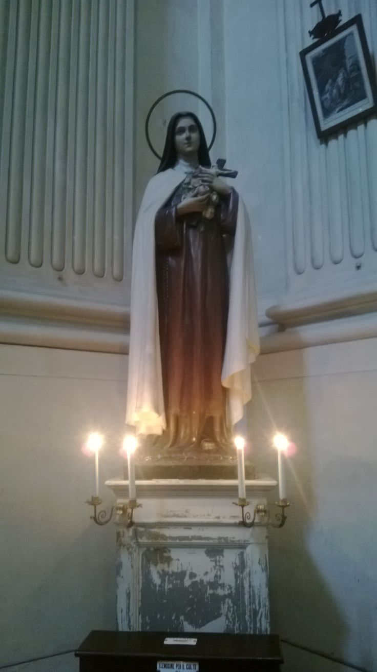 Statue, Chiesa di Santa Monaca, Firenze.