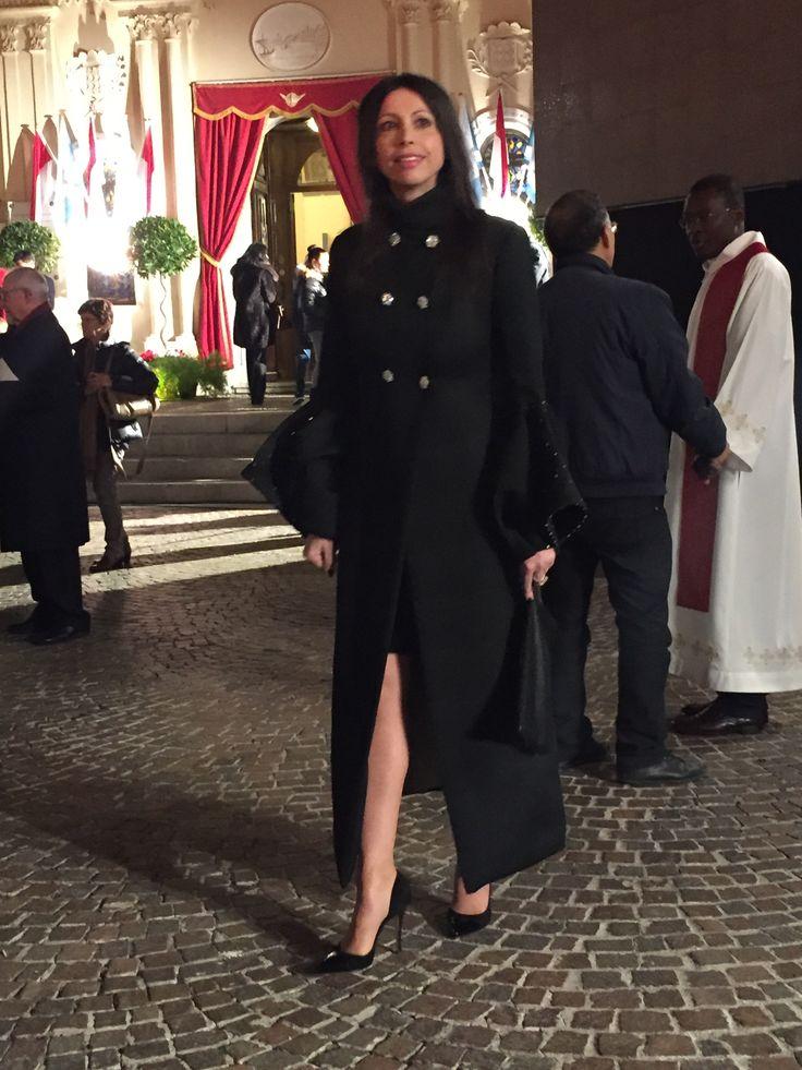Un incontro fortuito, quasi per caso, tra il creativo delle calzature da donna Duccio Venturi Bottier e Lorena Baricalla, l'artista monegasca, poliglotta, la sua…