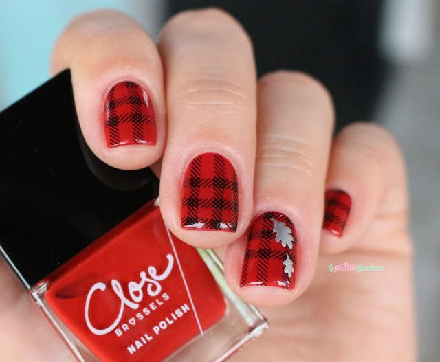 ▲ La paillette frondeuse ▲: Close Miss maple red // red nail polish plaid nail art hipster style fall leaf moyou london hipster 06