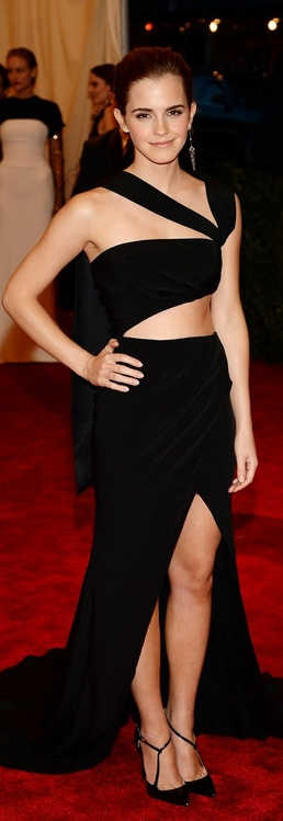 Who made  Emma Watsons black cut out gown  that she wore to the 2013 Met Gala in New York?