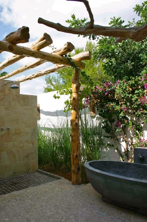 The Art Gallery Inspiring Outdoor Bathroom Designs That You Gonna Love Inspiring Outdoor Bathroom Designs With Stone Wall And Wooden Ceiling And Black Stone Bathtub