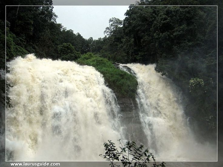 Nestled near Madikeri, Abbey falls is one of the most amazing attractions in the Coorg. The picturesque view of the fall will surely take your breath away and also provide you with quite a few Kodak moments. The waterfall comes down from a height of 70 feet and provides a superb view. You will also find a hanging bridge across the gorge from which an exceptional view of this waterfall is a sight to remember.