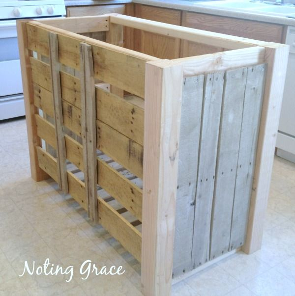 Kitchen Island Out Of Pallets: 1000+ Ideas About Pallet Kitchen Island On Pinterest