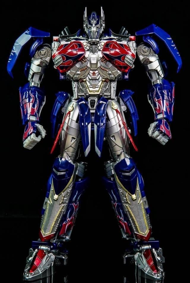 Unique Toys Transformers UT R-02 Knight Optimus Prime OP Challenger