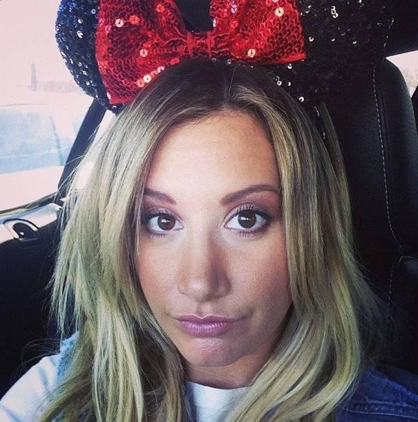 Ashley Tisdale Minnie Mouse Monday