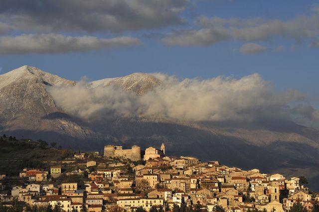 Ecoturismo Abruzzo: Scurcola e Sante Marie, tra la montagna e la tavola