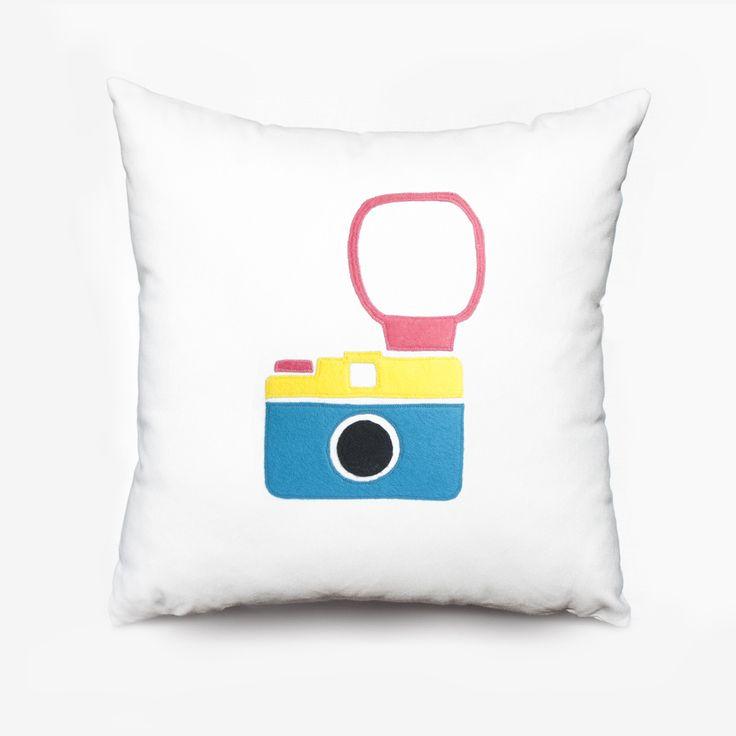 Cojín cámara Lomo camera cushion - Olé mis cojines!  #lomography #lomo