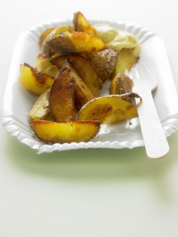Belgische friet met schilletje en een 'anders dan anders maar je moet het echt proberen zo lekker'-mayonaise.