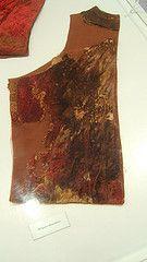 DSCF2749_porzione del farsetto appartenente al corredo funebre di Pandolfo III Malatesta (Rimini 1370 - Fano 1427), Musei Civici di Fano, prov. PU (Andrea Carloni (Rimini))