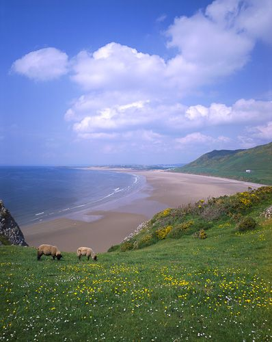 Rhossili Bay, South Wales, ranked 10th best beach in the world by VK Guy