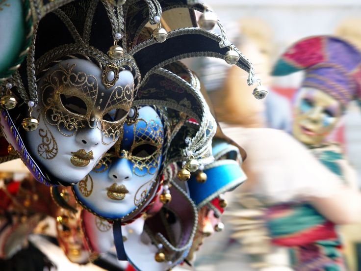 Article: What is Mardi Gras? - Mardi Gras, Fat Tuesday, Ash Wednesday, and Easter . . . what do they all have in common? Explore for yourself here. - ExploreGod.com