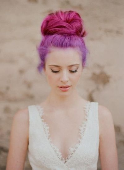 http://wehearthair.tumblr.com/: Natural Makeup, Wedding Hair, High Buns, Hairstyle, Bridal Hair, Messy Buns, Hair Style, Hair Buns, Tops Knot