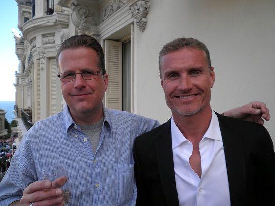 Zwycięzca konkursu Monako GP 2013 dzieli się wrażeniami: Armin popija drinki z legendą wyścigów Davidem Coulthardem.