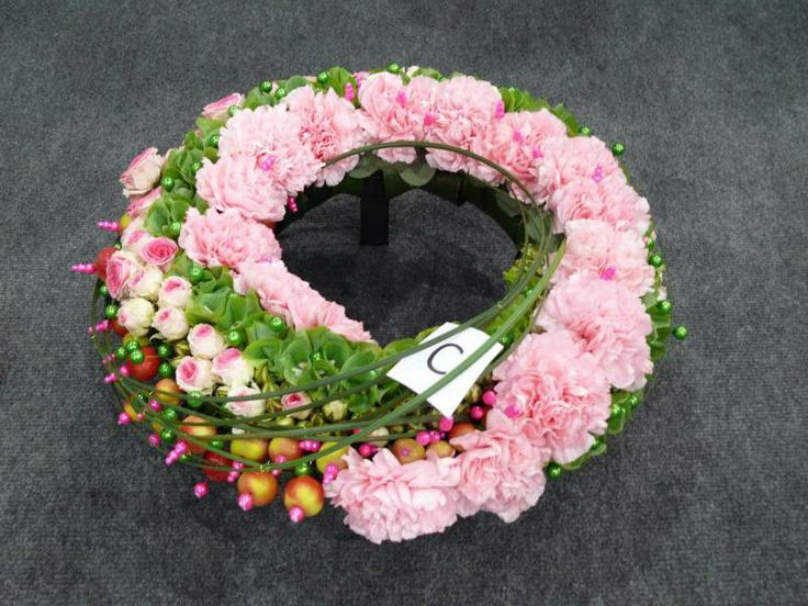 Here are much of flower gifts.Free delivery 100% satisfied grantee... Order here... www.purplerose.ca/