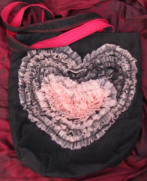 Blackred  with  lightpink tulle heart handmade bag Fatal by Vvesna,