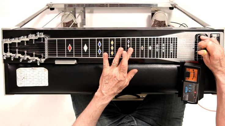 How to Tune to E9 Chromatic   Pedal Steel Guitar