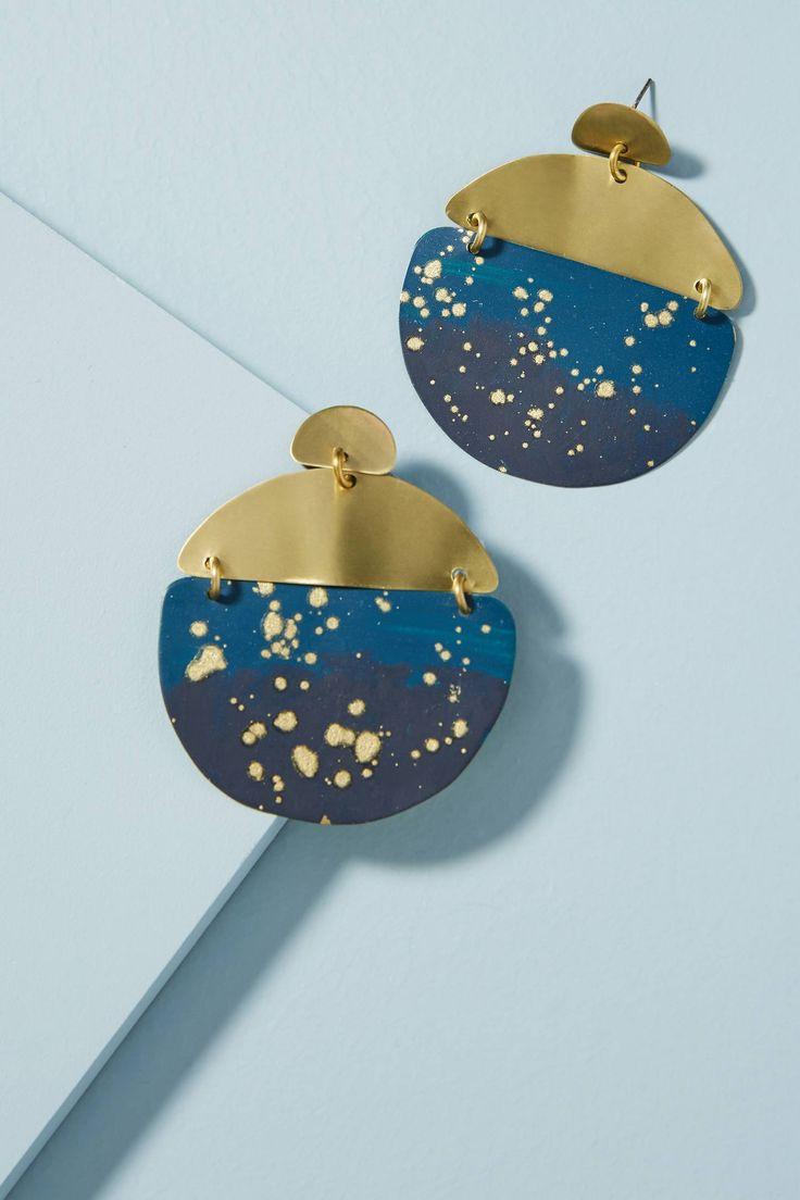Horizon Drop Earrings  | Pinterest: nasti