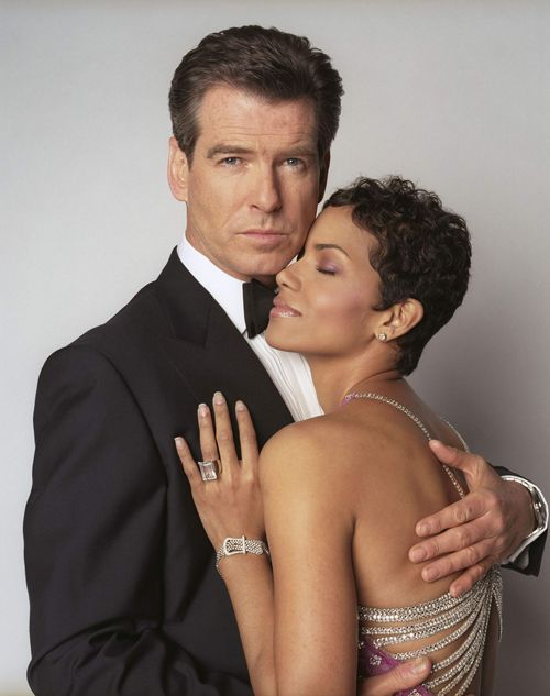 Pierce Brosnan and Halle Berry in Die Another Day (2002).