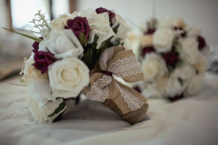 Foam Wedding Flowers #bijourealwedding #silchesterhouse #weddingflowers #weddinginspiration #luxury #exclusive #countryhousewedding