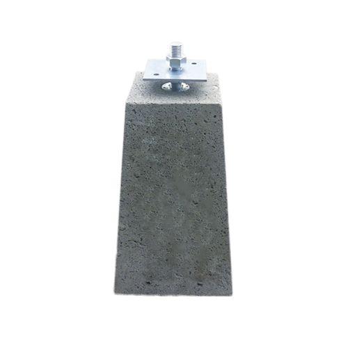 Betonpoer 24 x 24 x 40 cm met beslagset beton voet