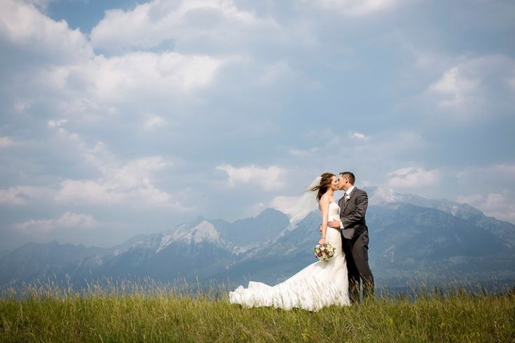 modern canmore mountain wedding   Photo Credit: Kim Payant Photography   Naturally Chic Wedding Planning + Styling