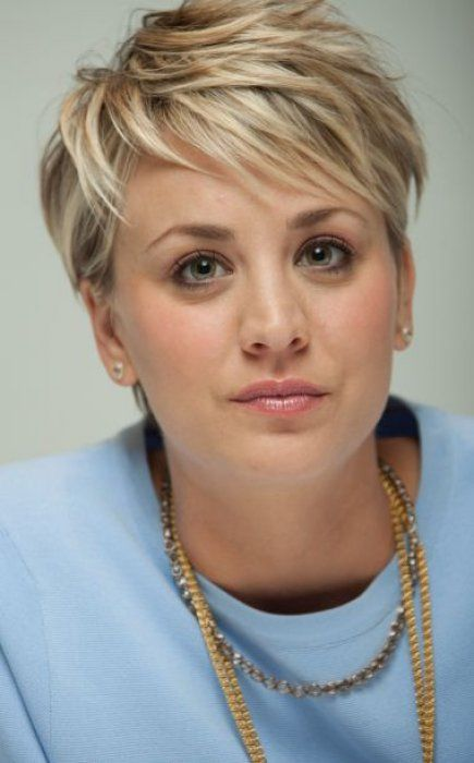 kaley cuoco coiffure short hairstyles for thick hair. Black Bedroom Furniture Sets. Home Design Ideas
