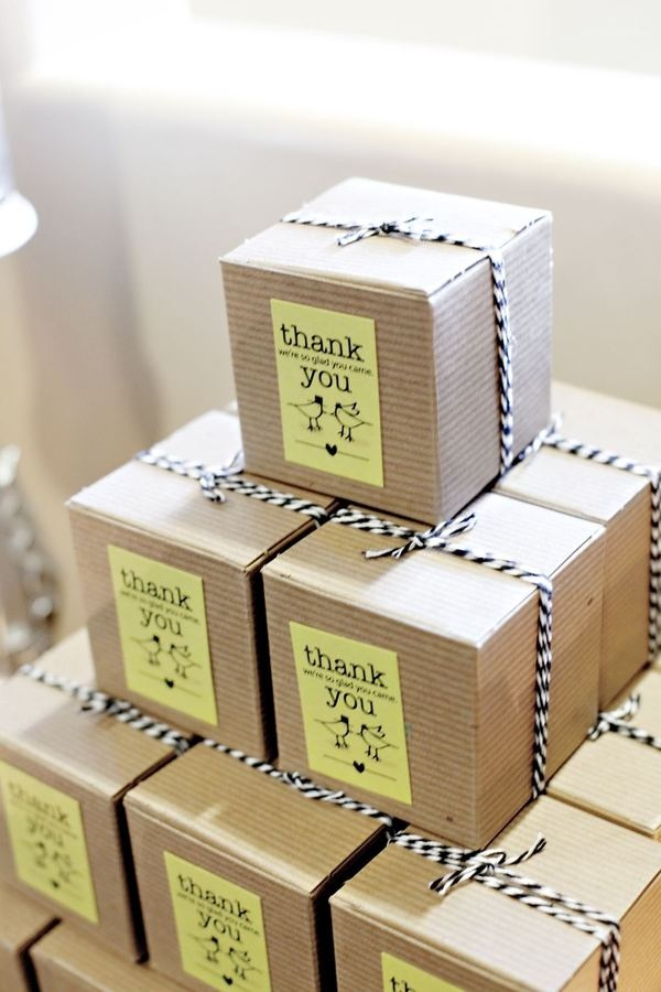 party favor boxes with black and white twine