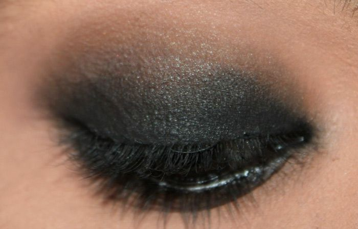 5 Easy Steps To Blend Eyeshadows Perfectly (4)