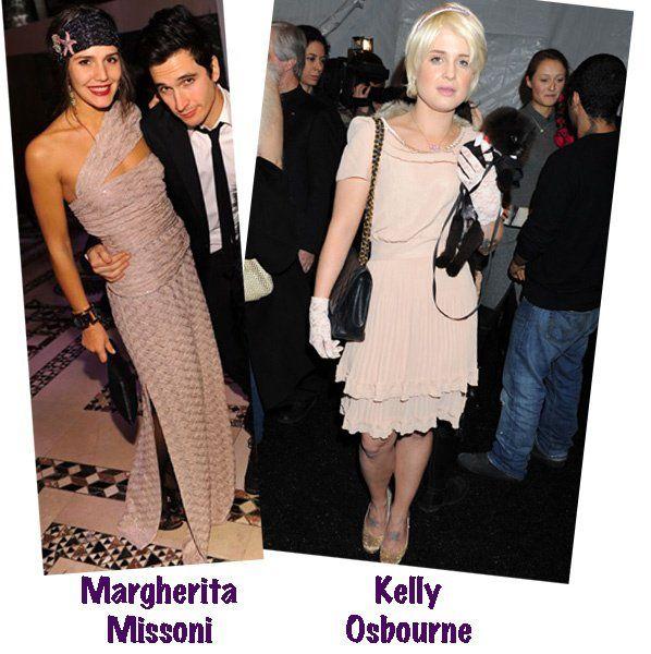 Adoro vestidos nude! Acho muito bacana! Os 3 primeiros são vestidos de Red Carpets, e os 2 últimos são vestidos de festa. Todos são completamente diferentes uns dos outros, tem para todos os estilos esta seleção… com a boca vermelha ficou ainda melhor, não acharam?!