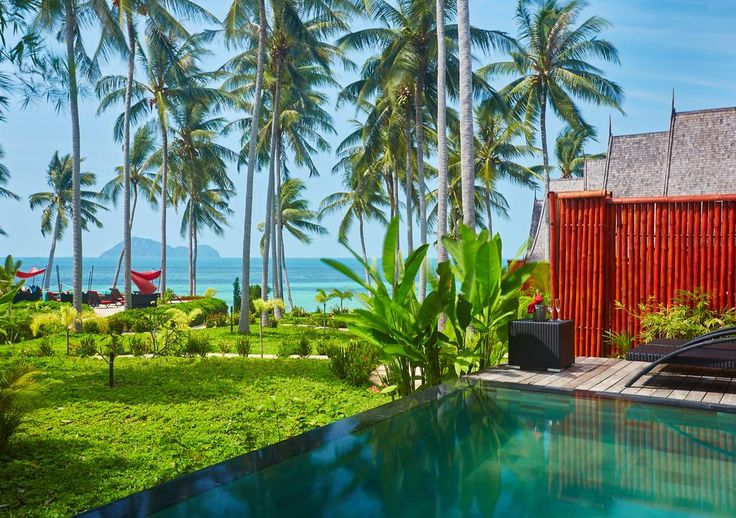 Booking.com:  Kupu Kupu Phangan Beach Villas & Spa by L'Occitane  ,  Haad Pleayleam,  Thailand   - 331  Guest reviews  .  Book your hotel now!