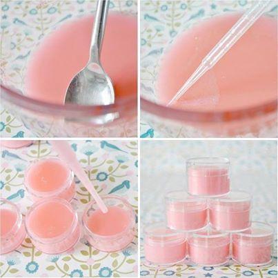 Lipgloss maken op meidenfeestje