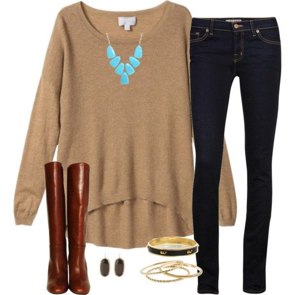 Fall colors, beige oversized sweater, jeans and boots.