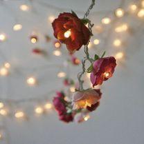 ガーリーな照明 ☆薔薇のガーランド 赤・ピンク インテリア