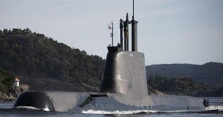 Submarino U-214 (Alemania)  Basándose en los principios de diseño ya comprobados en la clase 209 e incorporando  elementos innovadores de la clase 212A, HDW desarrolló la clase 214 de submarinos. Éstos están equipados para poder desempeñar misiones muy diferentes, tanto en aguas del litoral como en mar abierto.