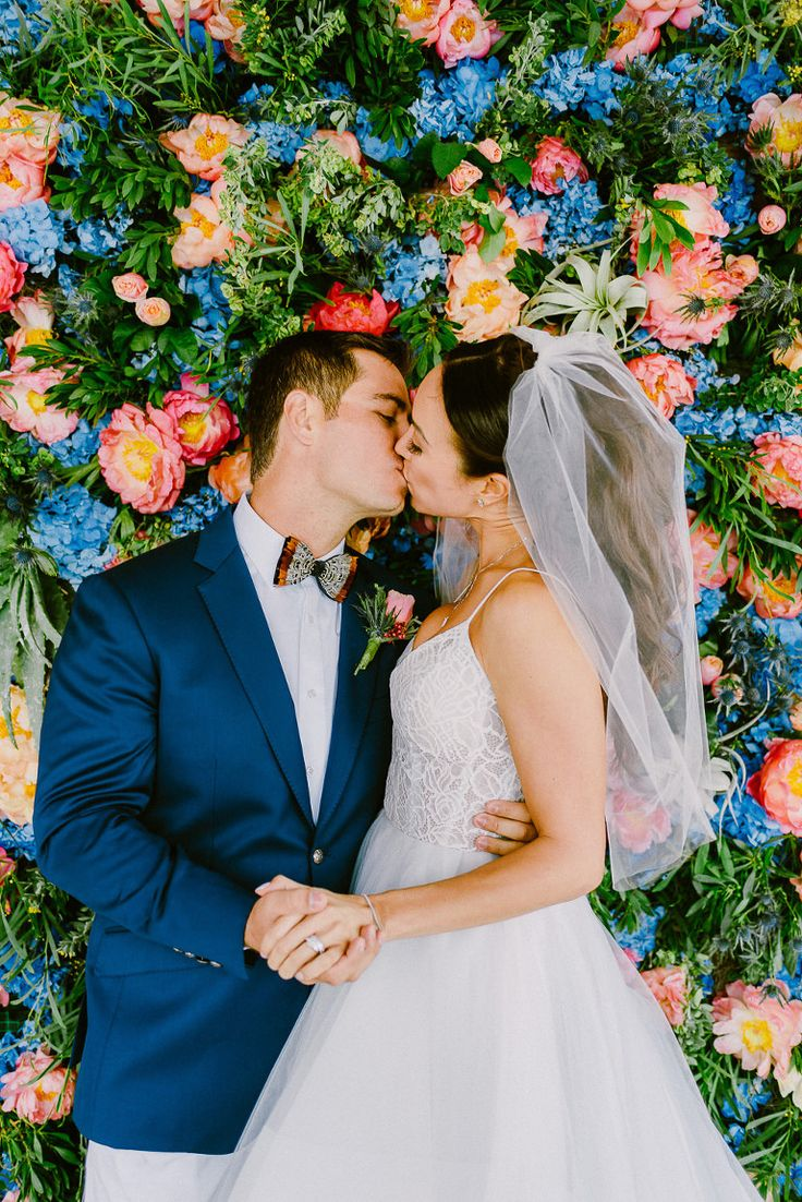 luxury wedding photographer, Mykonos, Lake Como, Tuscany, Provence, flower wall, flower background, floral wall decoration, ideas for decorating your wedding