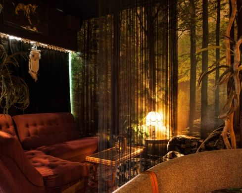 A welcome addition to the suburban Brisbane bar scene, The Junk Bar embraces shabby chic, and a retro vibe, with lounges, trinkets, and old records all around.