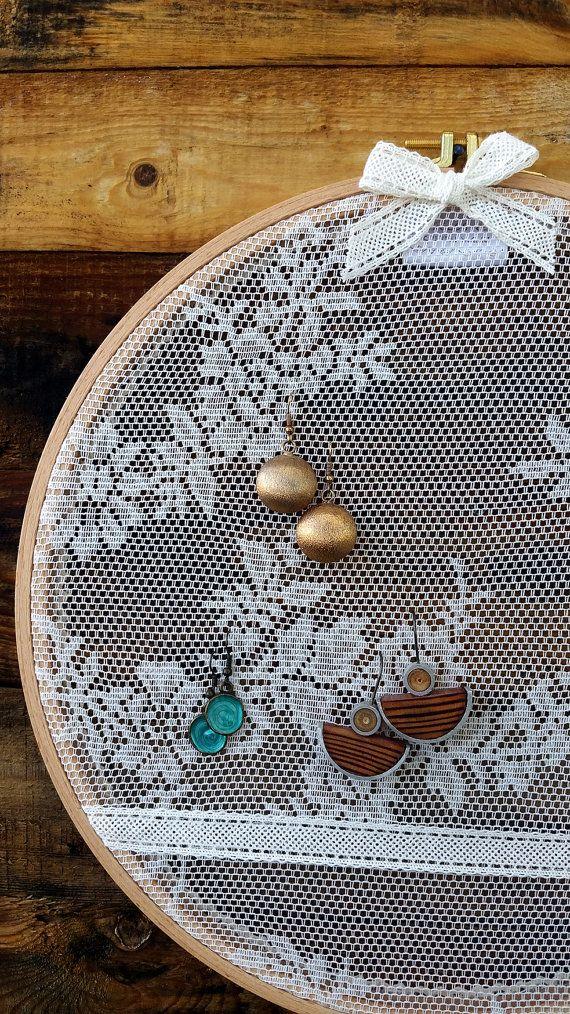 Earring holder, Earring organizer, Earring hanger ,Earring stand ,Embroidery hoop with lace fabric ,Jewelry rack ,Size 11.6'', earrings rack