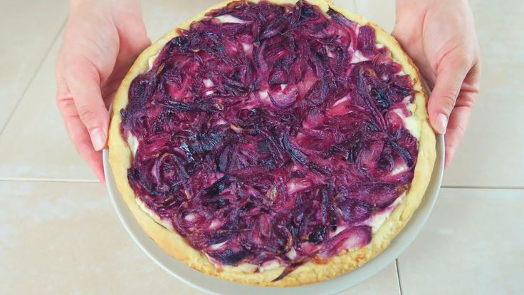 CROSTATA SALATA DI CIPOLLE ROSSE Ricetta Facile Caramelised Red Onion Ta...