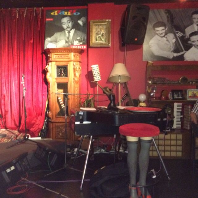 Key board next to stage, Django bar, Camelot, Marrickville