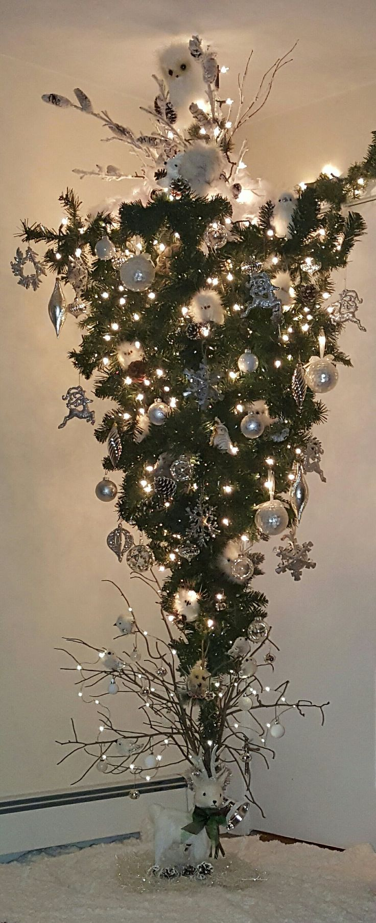 25 Unique Upside Down Christmas Tree Ideas On Pinterest