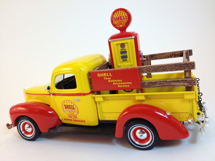 1940 Ford - Shell Truck with Gas Pump - Diecast - Kentucky Trading Co. www.KyTradeCo.com