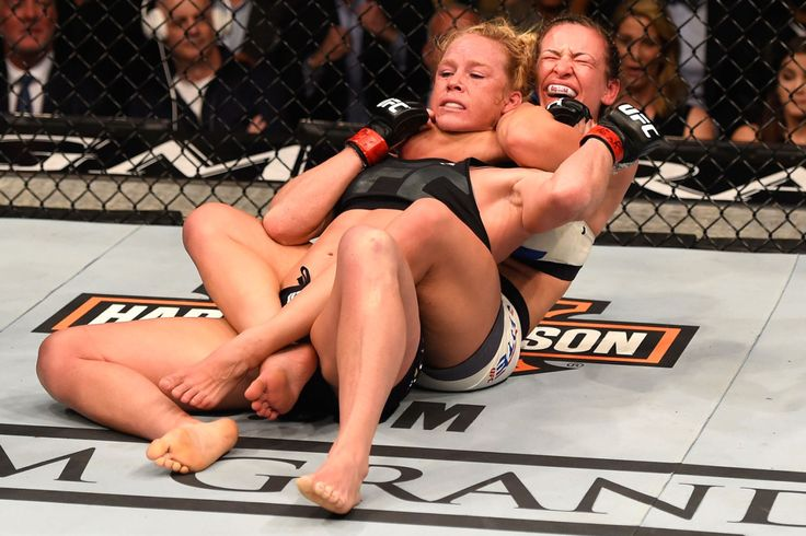 Miesha Tate chokes out Rousey conqueror Holly Holm to win UFC...: Miesha Tate chokes out Rousey conqueror Holly… #HollyHolm #MieshaTate