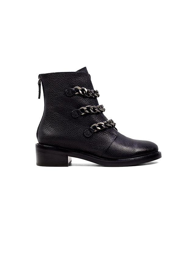 293e47411ff JOSEPHINE Lola Cruz Shoes