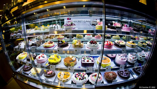 Cakes at Paris Baguette