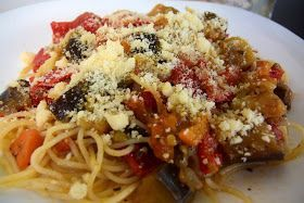 ΜΑΓΕΙΡΙΚΗ ΚΑΙ ΣΥΝΤΑΓΕΣ: Μακαρόνια με λαχανικά το κάτι άλλο !