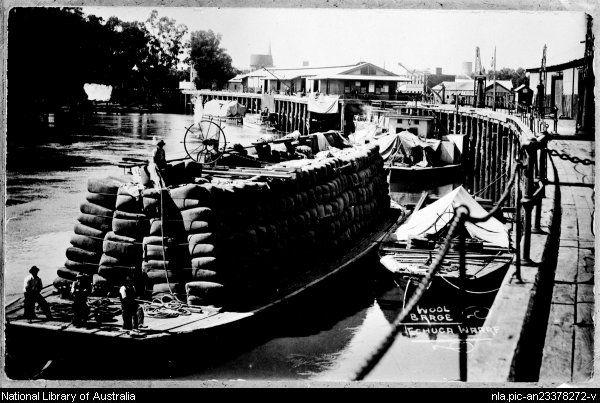 Wool barge, Echuca wharf.