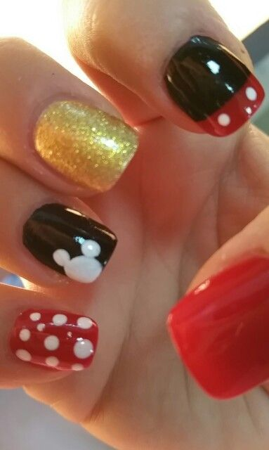 awesome Love my Mickey Mouse nails for Aniyus 1st Birthday party ;)...