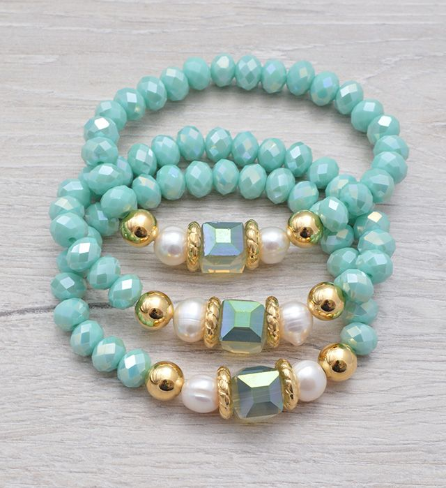Faceted Crystal Rondelle Beads http://www.alejaaccesorios.com/catalogo/pulseras/juego-menta-detail.html