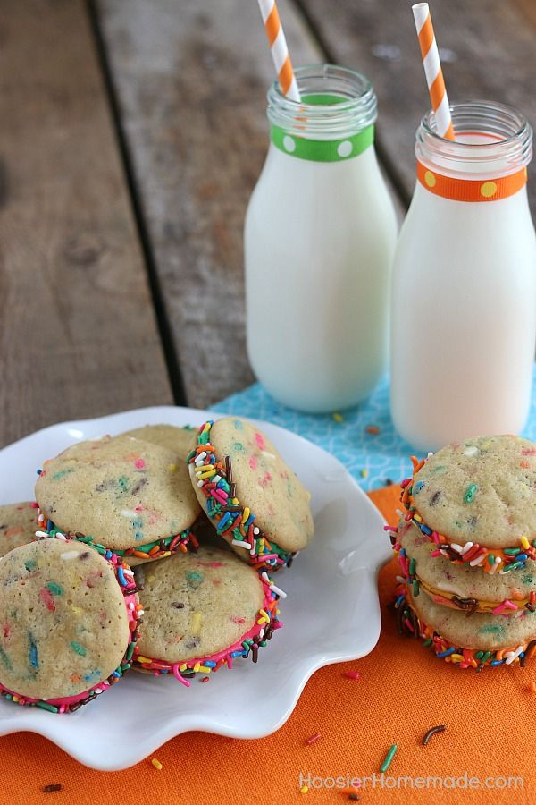 What's more fun than cookies and milk? Funfetti! This Funfetti Cookie Recipe is super easy to make, has a delicious flavor and the kids will have a blast making them into sandwich cookies!