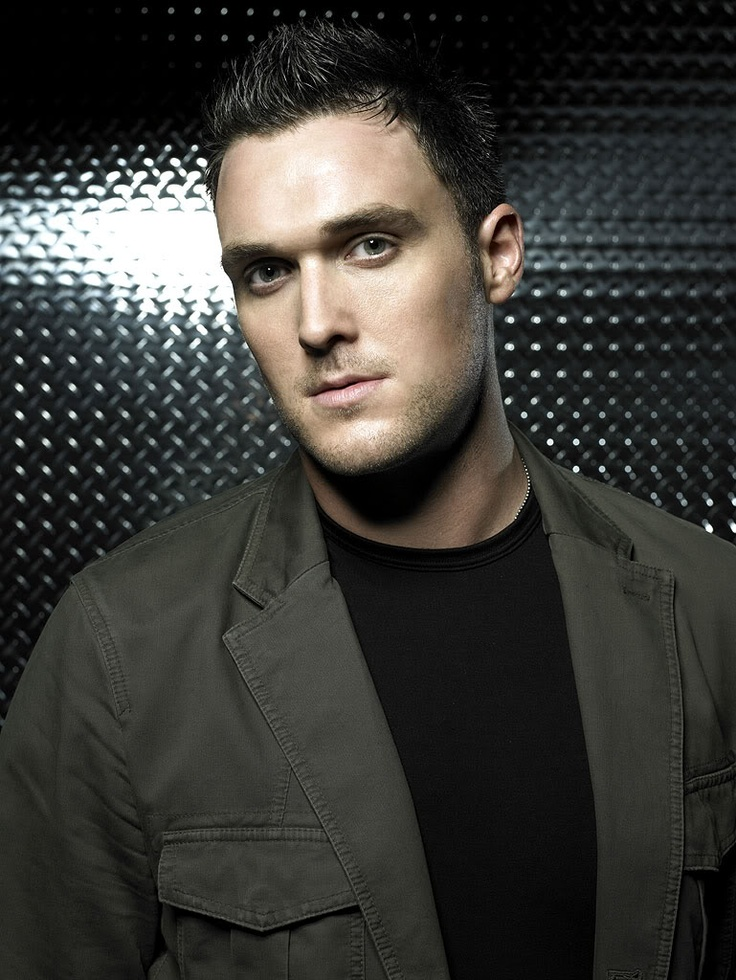 Owain Yeoman+ Welsh accent= <3 <3 :)